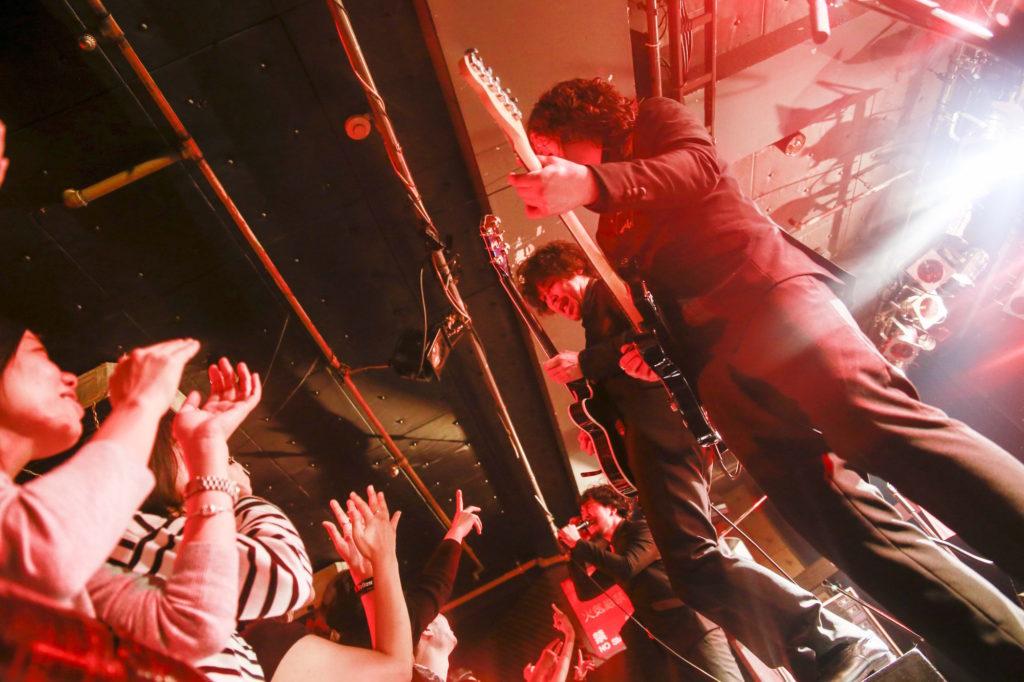 Yellow Studs、初のライブDVD発売と恵比寿LIQUIDROOMでのファイナル公演を引っさげてのツアーがスタート!サムネイル画像