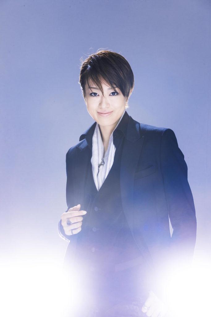 北翔海莉、宝塚退団後の初ソロ・アルバム『Alrai~エルライ~』ジャケット写真とMVを公開サムネイル画像