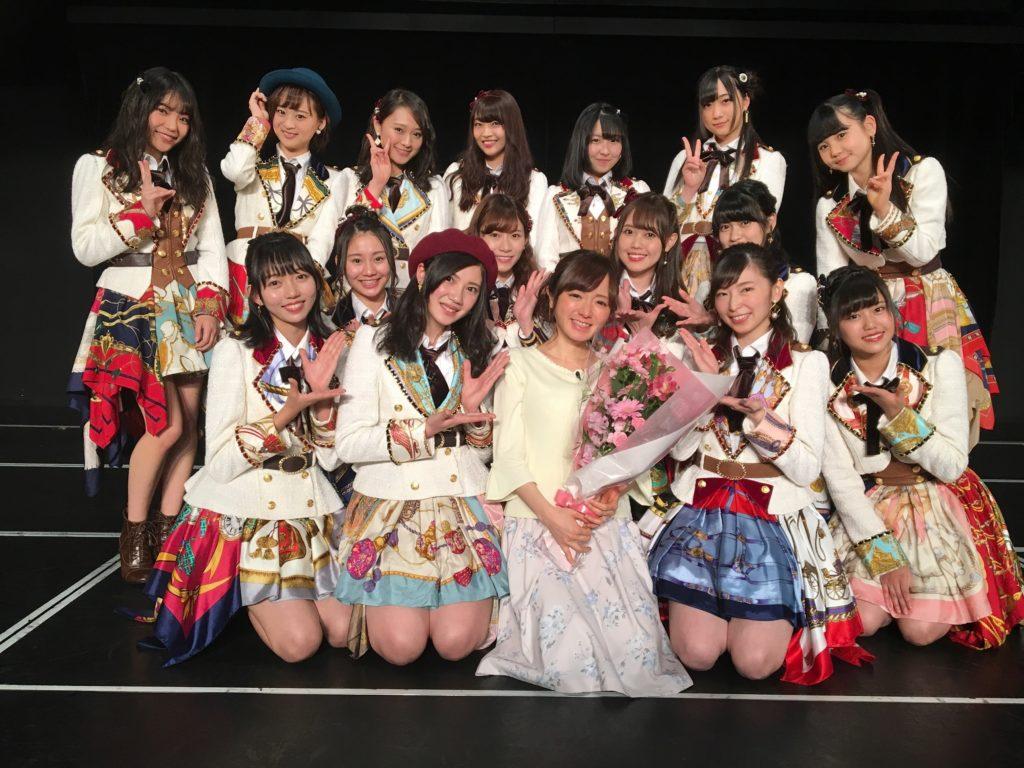 退社間近の紺野あさ美、再びSKE48のセンターに!花束サプライズに感動の涙サムネイル画像