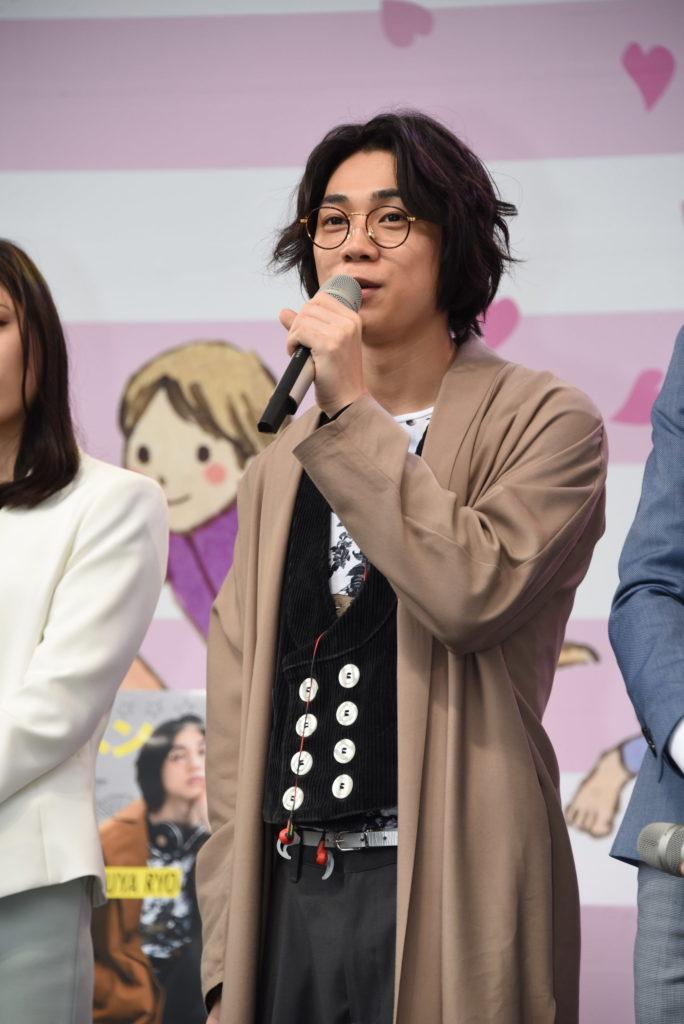 公開制作発表イベントに出席した三津谷亮