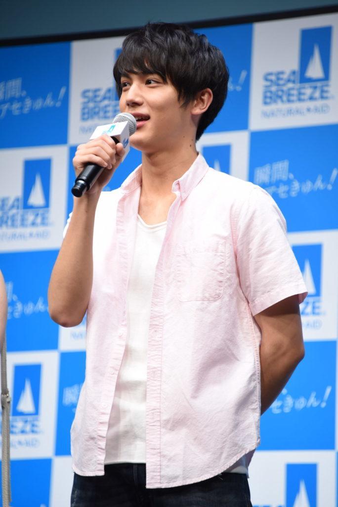 中川大志、主演映画の主人公として女子高生の前で初の生歌披露! 「一生忘れない日になりました」サムネイル画像