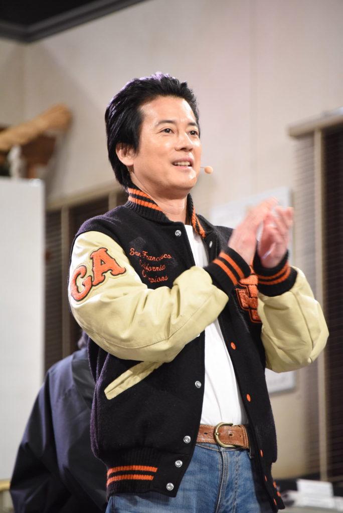窪田正孝の顎クイに会場から悲鳴、佐々木希には結婚祝福の声!画像33744