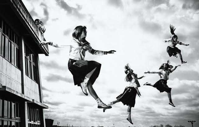 """4人組ダンスパフォーマンスユニット""""新しい学校のリーダーズ""""のデビュー曲『毒花』がドラマ「女囚セブン」の主題歌に抜擢!サムネイル画像"""