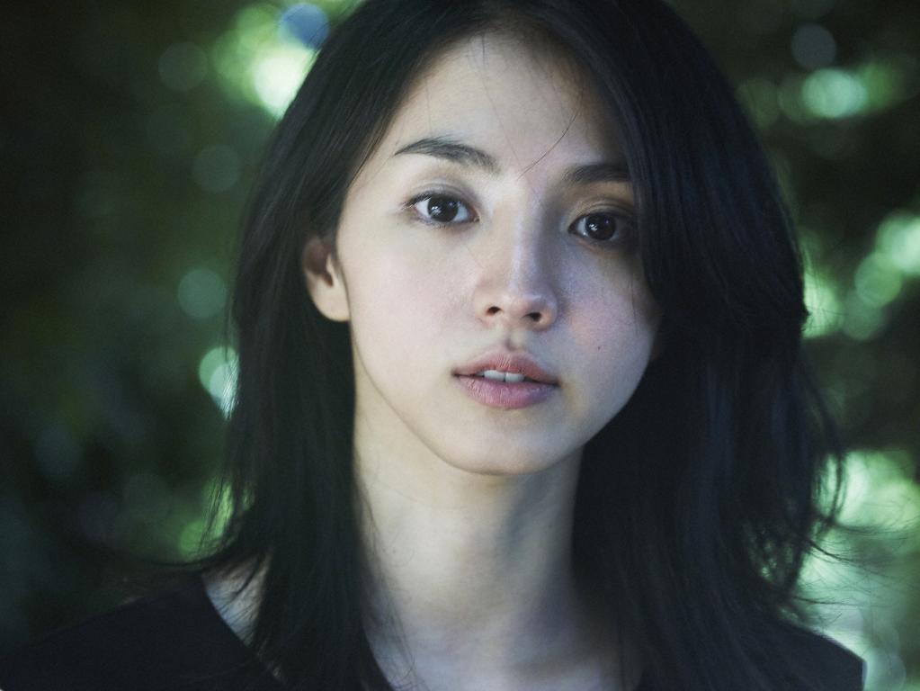"""満島ひかりが所属事務所社長から言われた""""女優になれない""""驚きの理由とは?その切り返しにネットからは称賛の声サムネイル画像"""