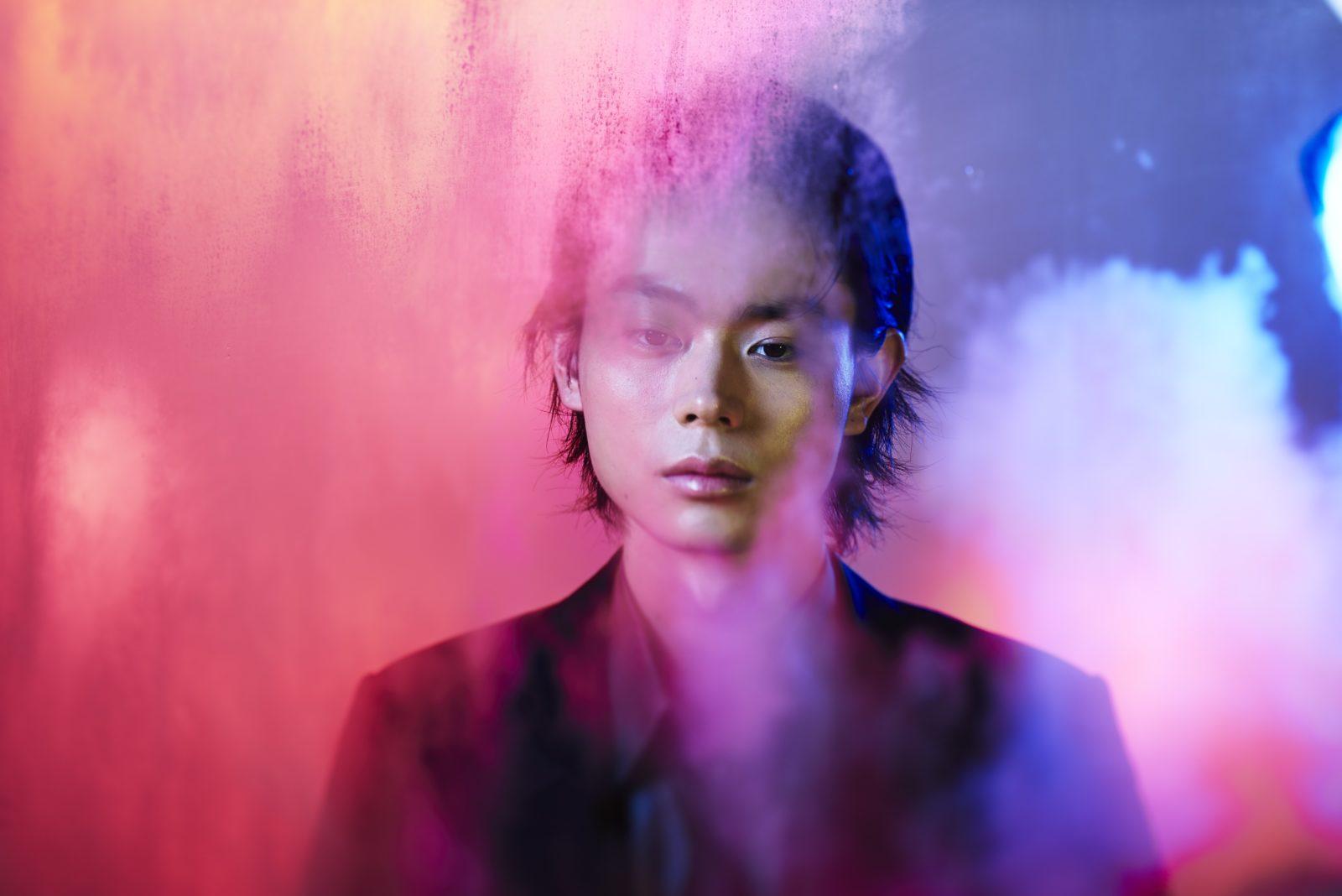 菅田将暉、新曲「呼吸」アートワーク公開!