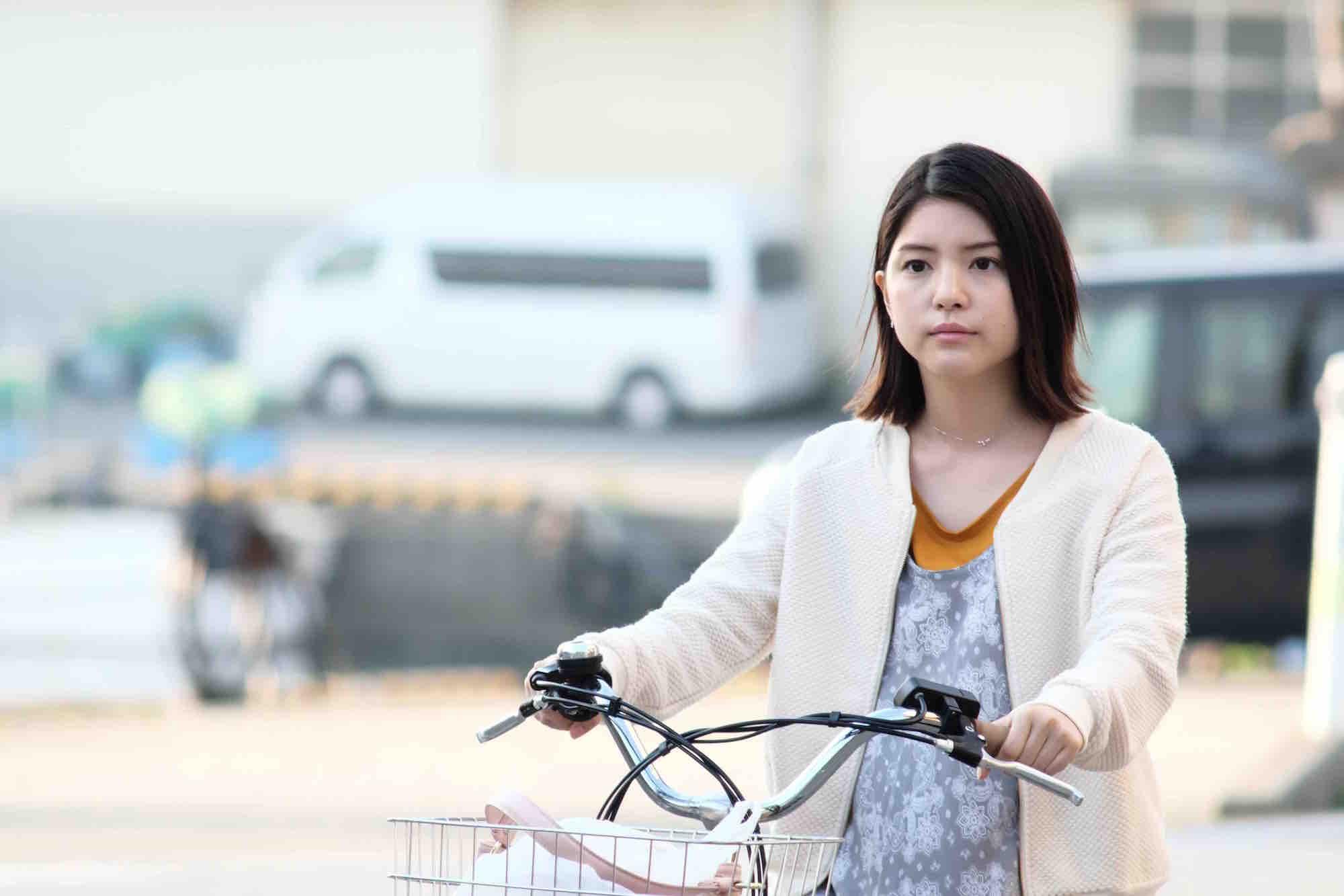 女優・川島海荷、テレ東SPドラマ「琥珀」で工藤阿須加と初共演