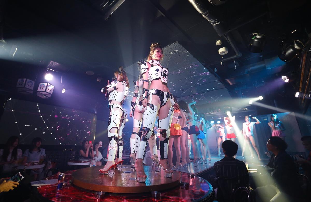「Burlesque annex YAVAY」でヤバいガールズがセクシーなステージを披露!トランスブームの立役者DJ KAYAがサウンドプロデュース画像42538