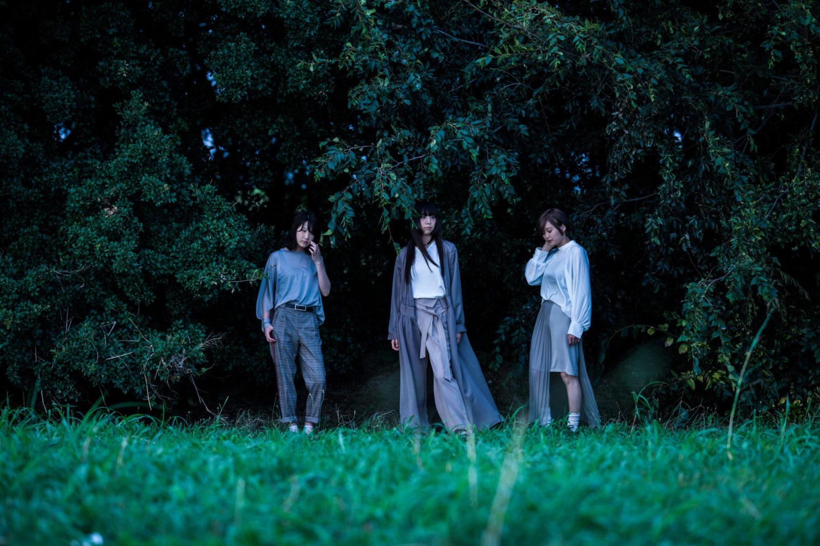 ELFiN PLANET、1stミニアルバム発売に伴いアルバムから収録曲「サテライト・サーチライト」のMVを公開サムネイル画像