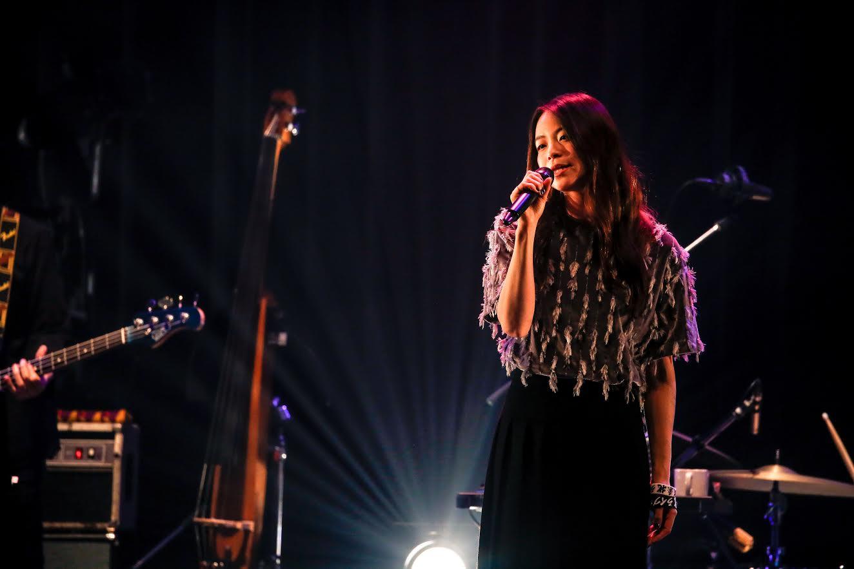 片平里菜の新曲「愛のせい」Lyric VideoがYou Tubeに公開サムネイル画像