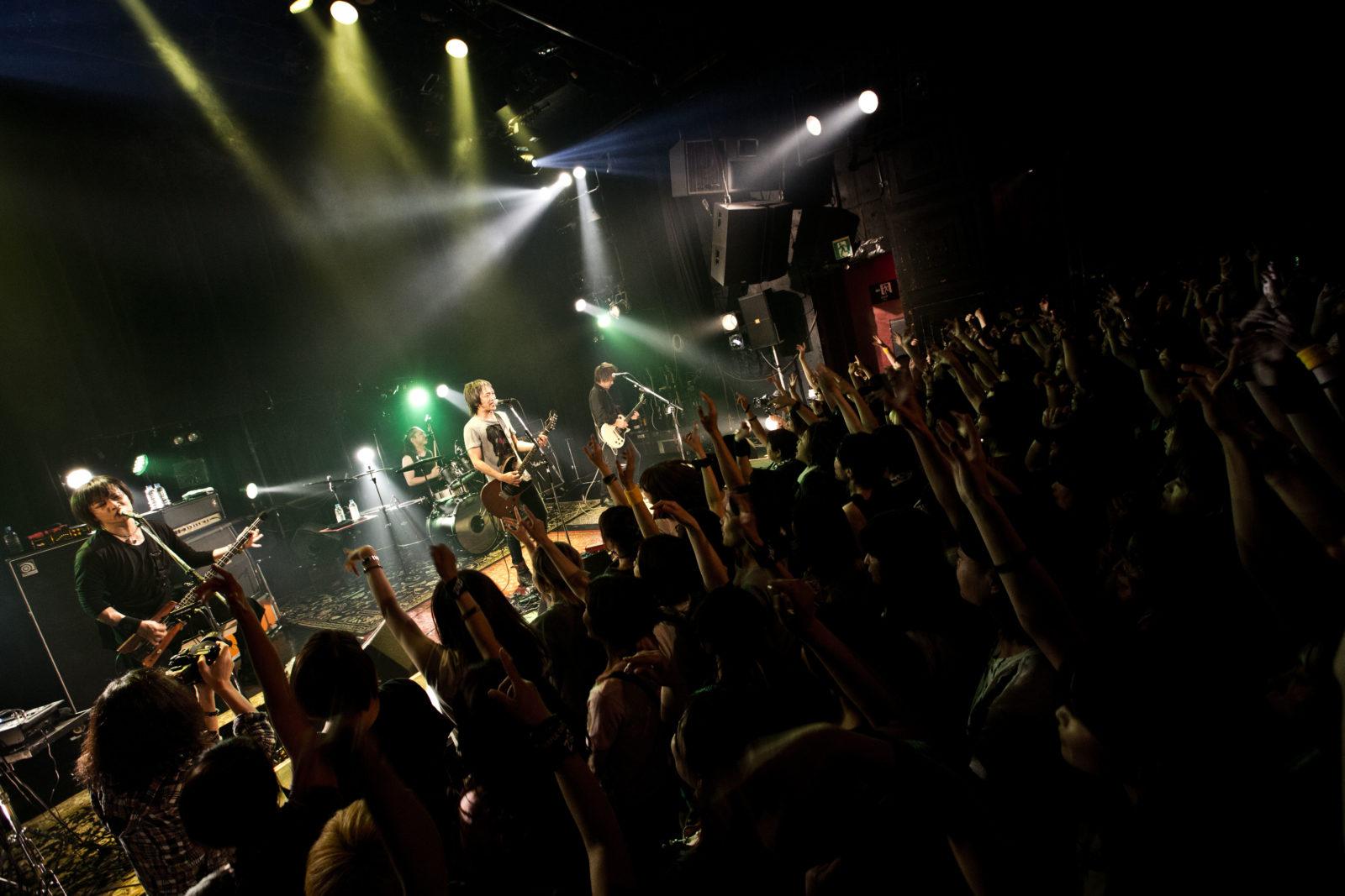 ZIGZO 約3年半振りの新曲を発表サムネイル画像