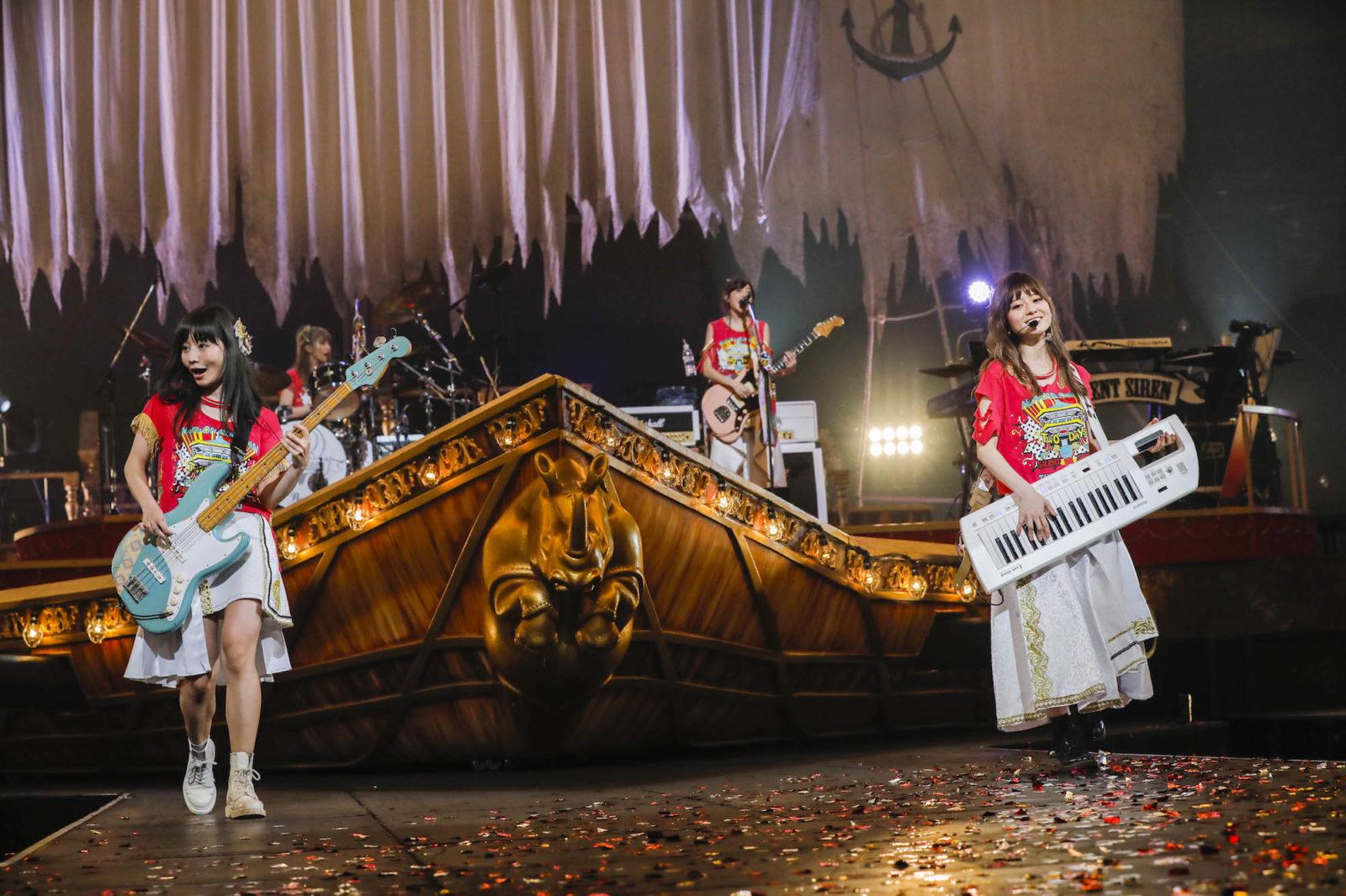 "SILENT SIREN メジャーデビュー5周年の記念すべき日に日本武道館公演 ""奇跡""を起こした夜サムネイル画像"
