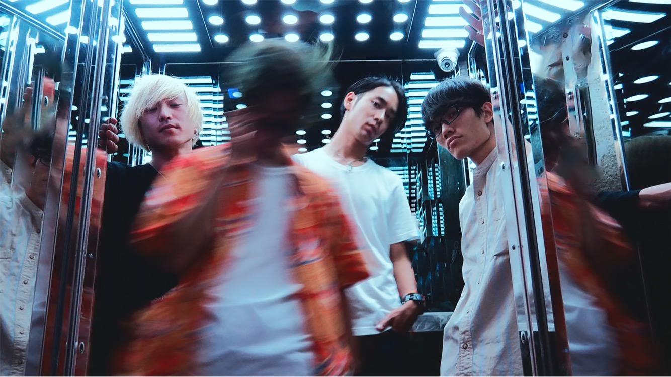愛はズボーン1stフルアルバムから表題曲「どれじんてえぜ」のMV解禁サムネイル画像