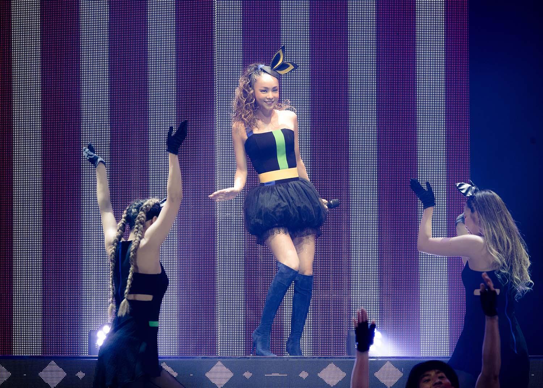 安室奈美恵 ドームツアー&アジアツアーのセットリストはファン投票で構成「一緒に創り上げるステージにできれば」サムネイル画像
