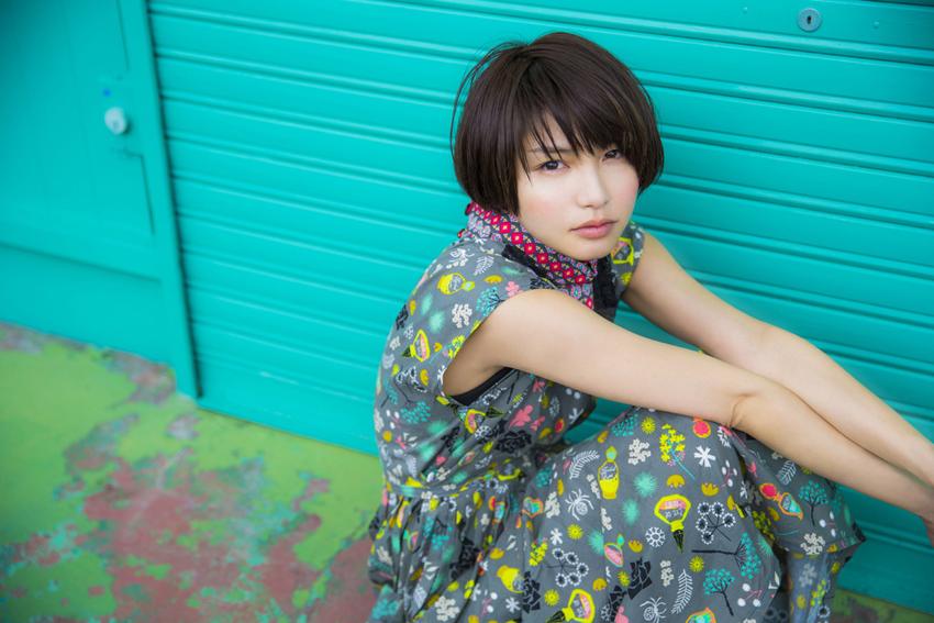 植田真梨恵 はじめてのアートワークギャラリー案内をLINE LIVEでサムネイル画像
