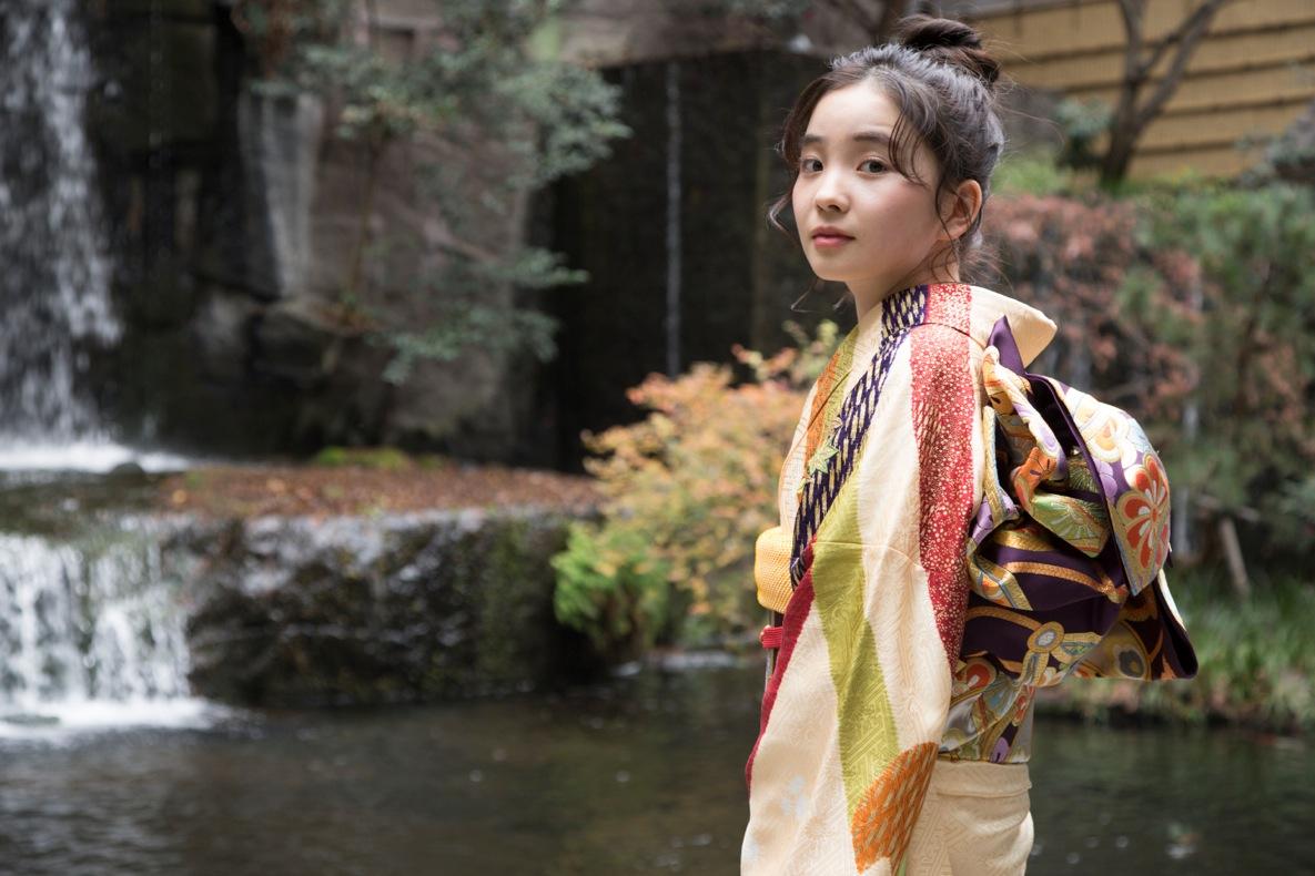 """哀川翔の娘、福地桃子が20歳を機に""""ドヤ顔""""で家族にご馳走!?サムネイル画像"""