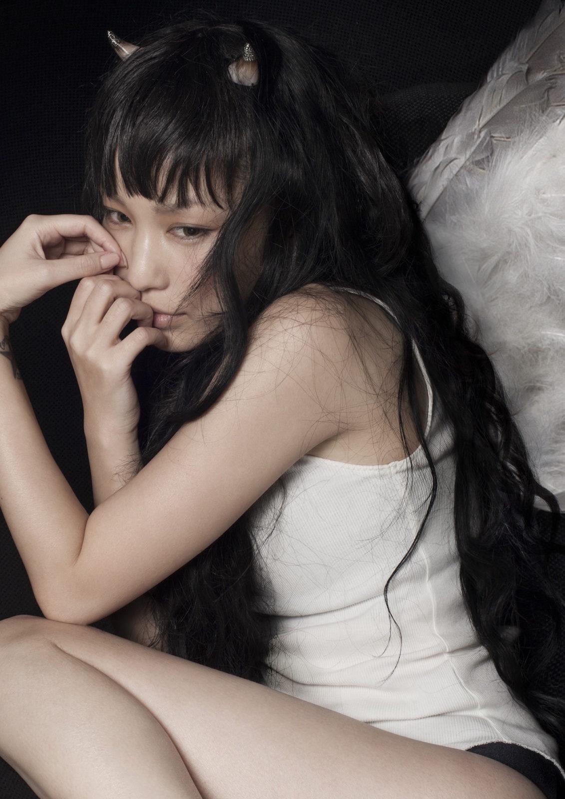 中島美嘉 新曲「KISS OF DEATH(Produced by HYDE)」ミュージックビデオフルバージョン48時間限定公開決定サムネイル画像