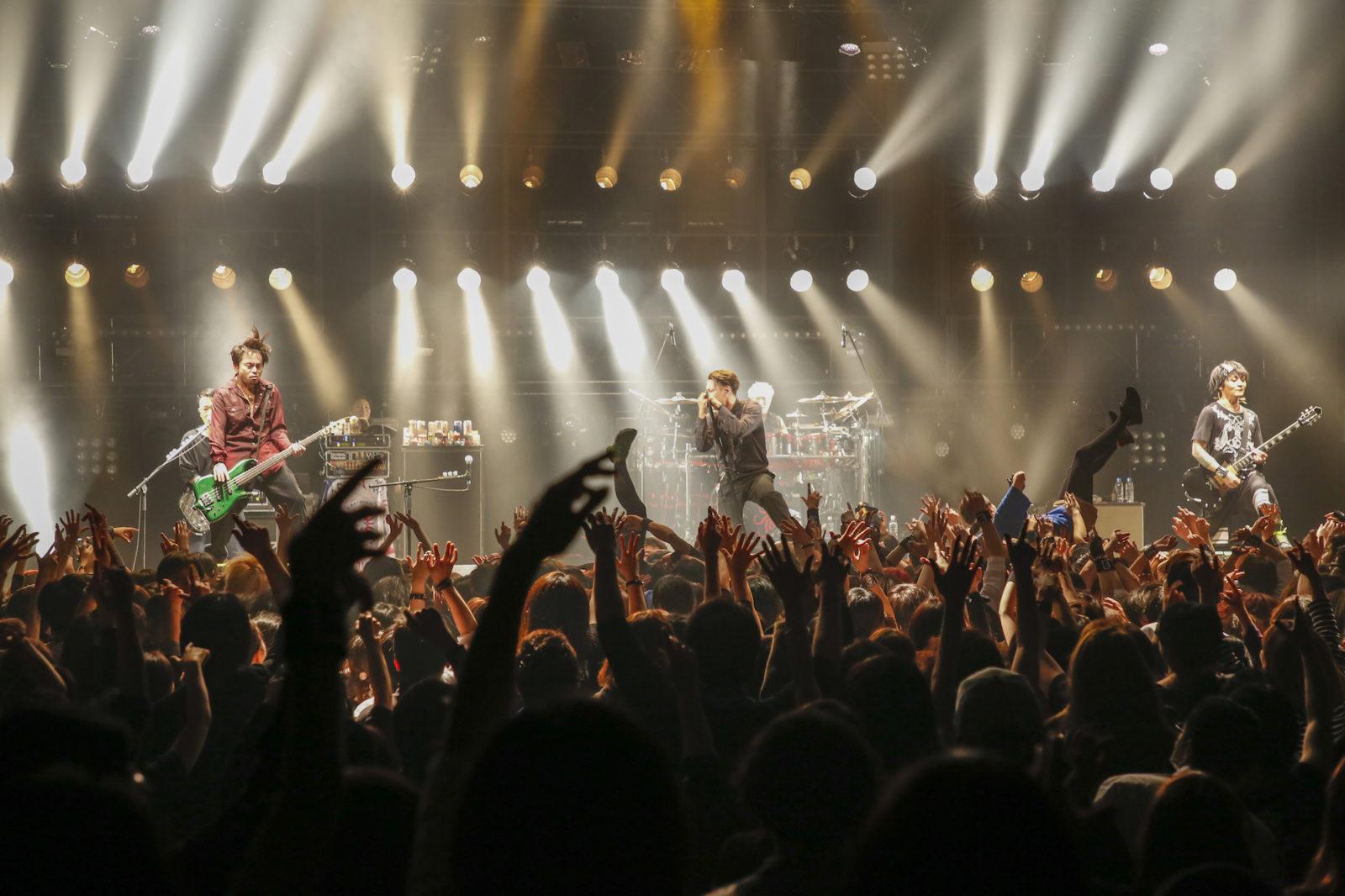 20周年ツアーでOBLIVION DUSTが手に入れた進化とは?バンドの勢いは、とどまる事なく次のステップへサムネイル画像