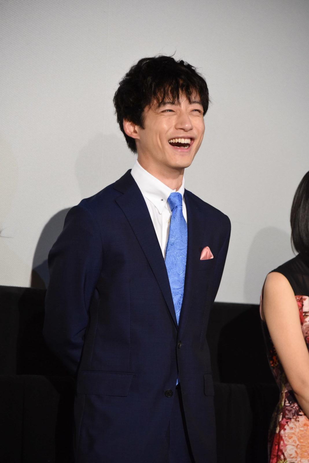 坂口健太郎が明かした苦手な女性のタイプにネットからは「もろ自分」「尊敬する」の声サムネイル画像