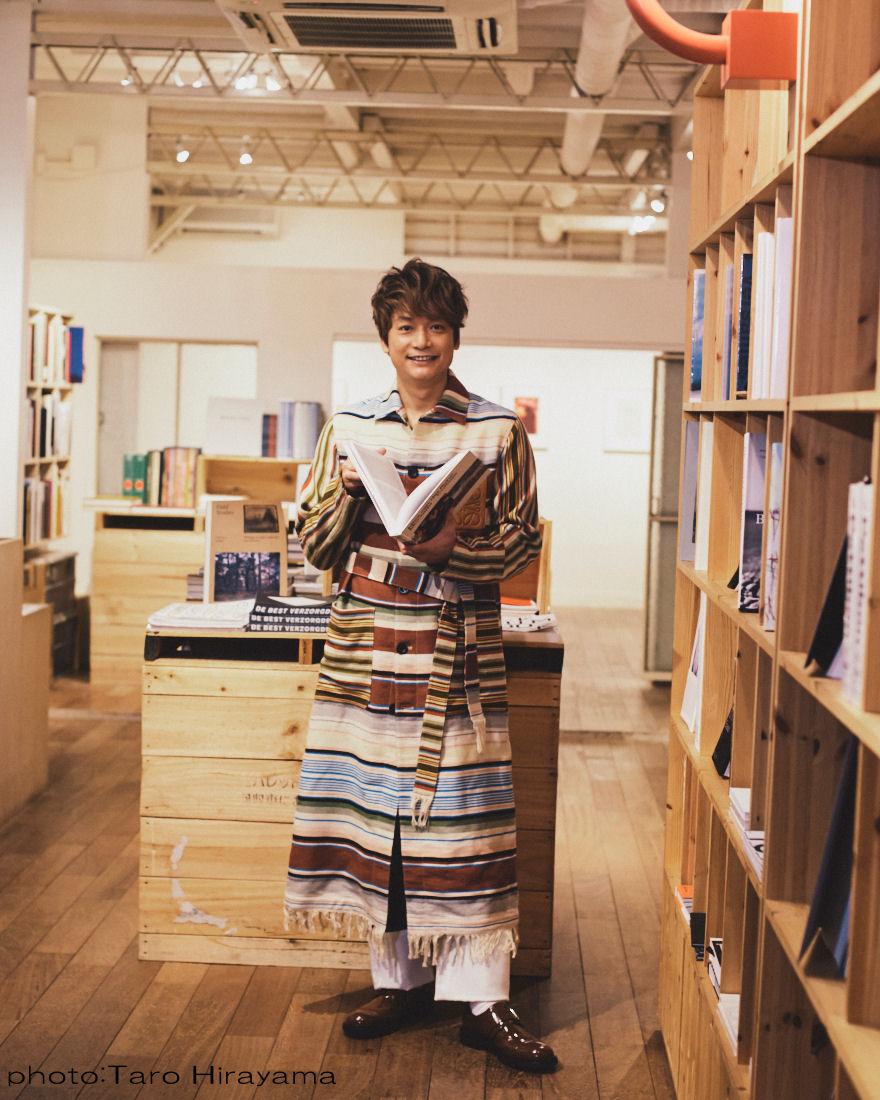 """香取慎吾、自らの""""二十歳のとき""""と正面から向き合う「大人にはなりたくなかった」サムネイル画像"""