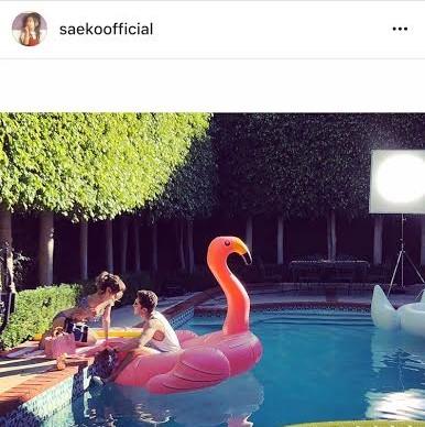 """紗栄子 オースティン・マホーンとの""""ラブラブ""""写真公開に「ブルゾン妬いちゃう」「キスします的な」などの声サムネイル画像"""