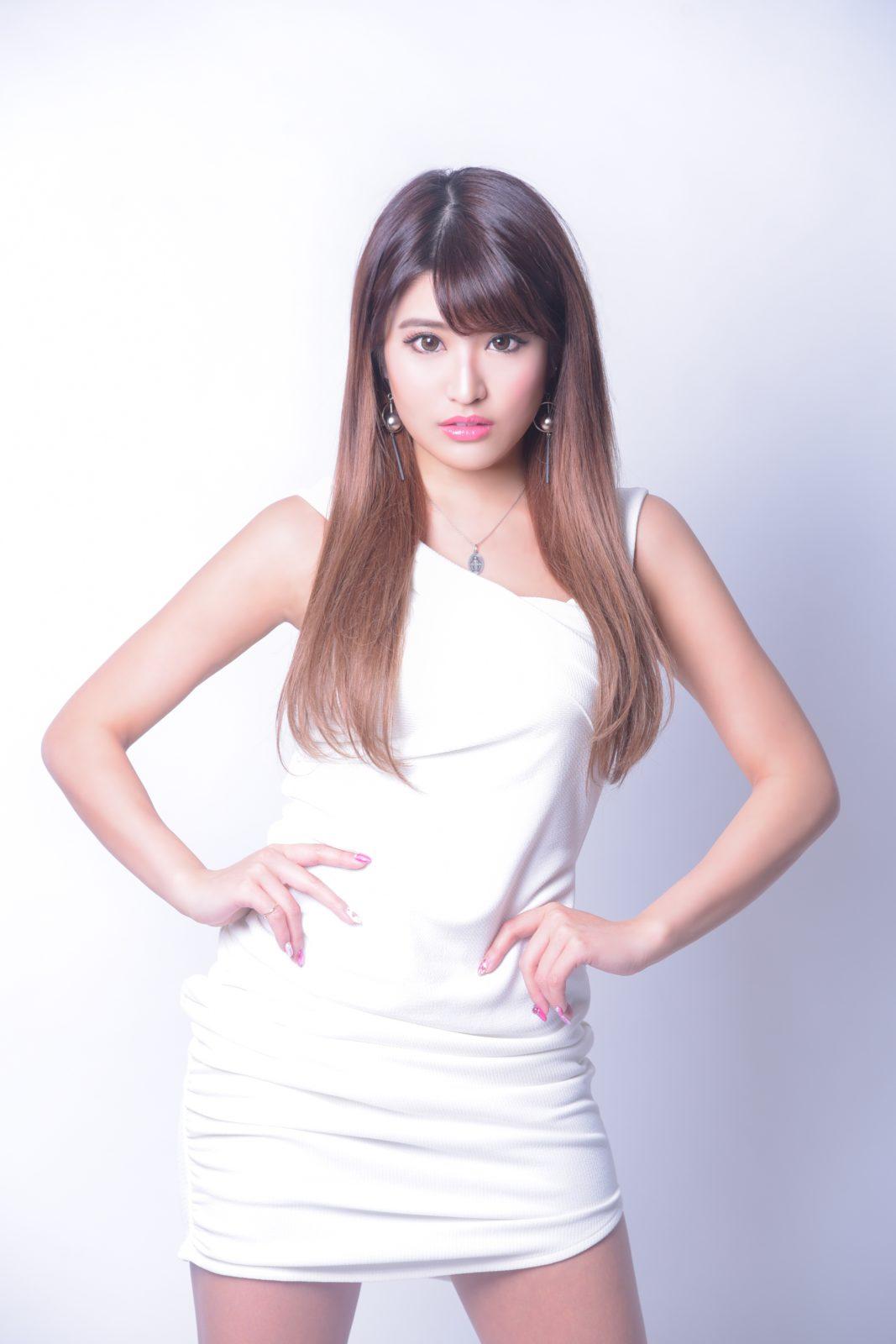 異例の経歴を持つ注目の女性DJ・鈴木マリナがEDMベスト盤をリリース決定サムネイル画像