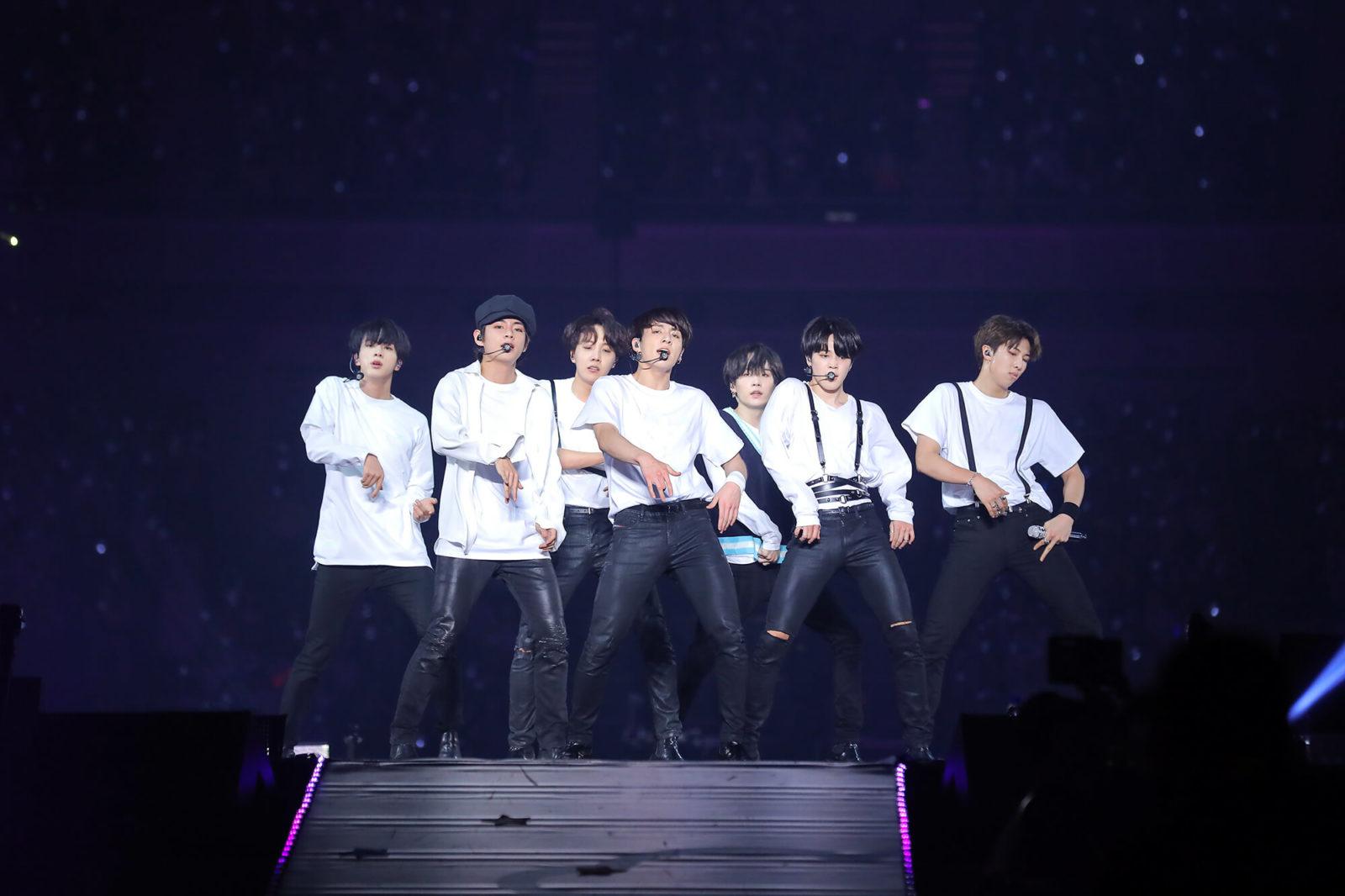 BTS (防弾少年団)ファンミーティング開催!ドラマ「シグナル」主演の坂口健太郎も来場サムネイル画像!