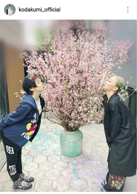 倖田來未、妹・misonoとお花見ショット公開