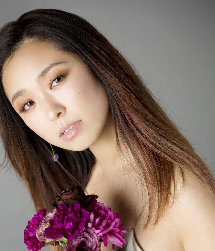 音楽活動の休止を発表した傳田真央が18年間を振り返る【インタビュー】サムネイル画像