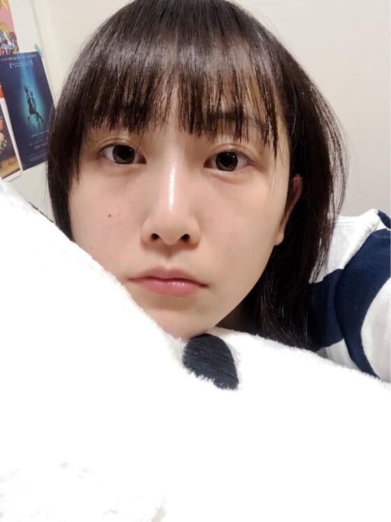 「かわいすぎるぞ」松井玲奈、寝る直前のすっぴん写真にファン悶絶サムネイル画像