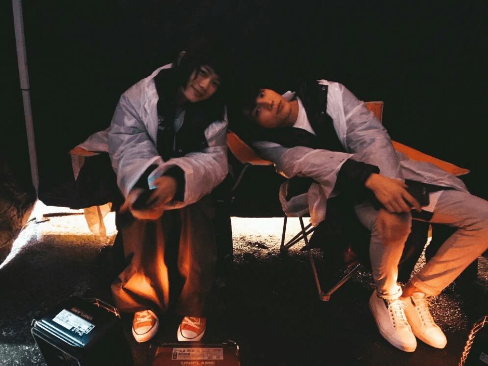 中川大志 杉咲花との寄り添いショット公開「幸せだなあ」サムネイル画像!