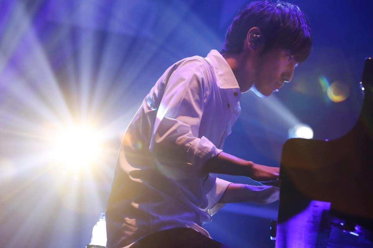 大ヒットアニメ作品の劇伴音楽を手掛ける澤野弘之 過去最多13組のゲストボーカルで会場を魅了サムネイル画像