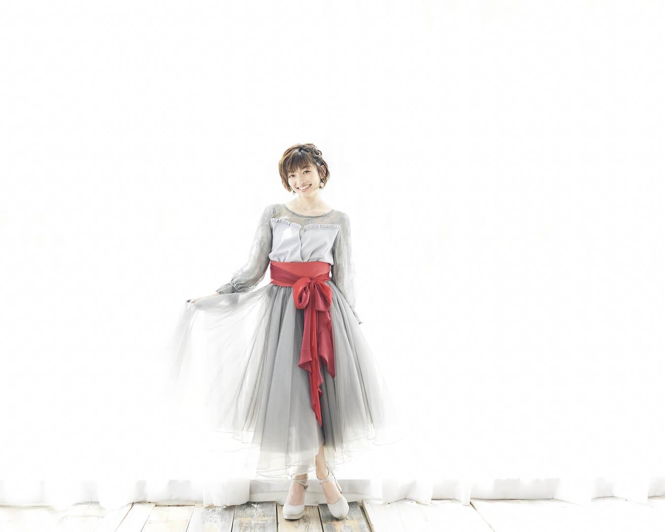 吉田仁美 歌手デビュー10周年記念ベストアルバム詳細発表サムネイル画像