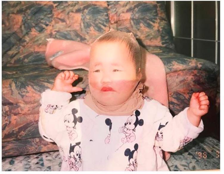 川栄李奈 1歳の頃の「ネタすぎる」写真公開し反響「めっちゃ可愛い」サムネイル画像