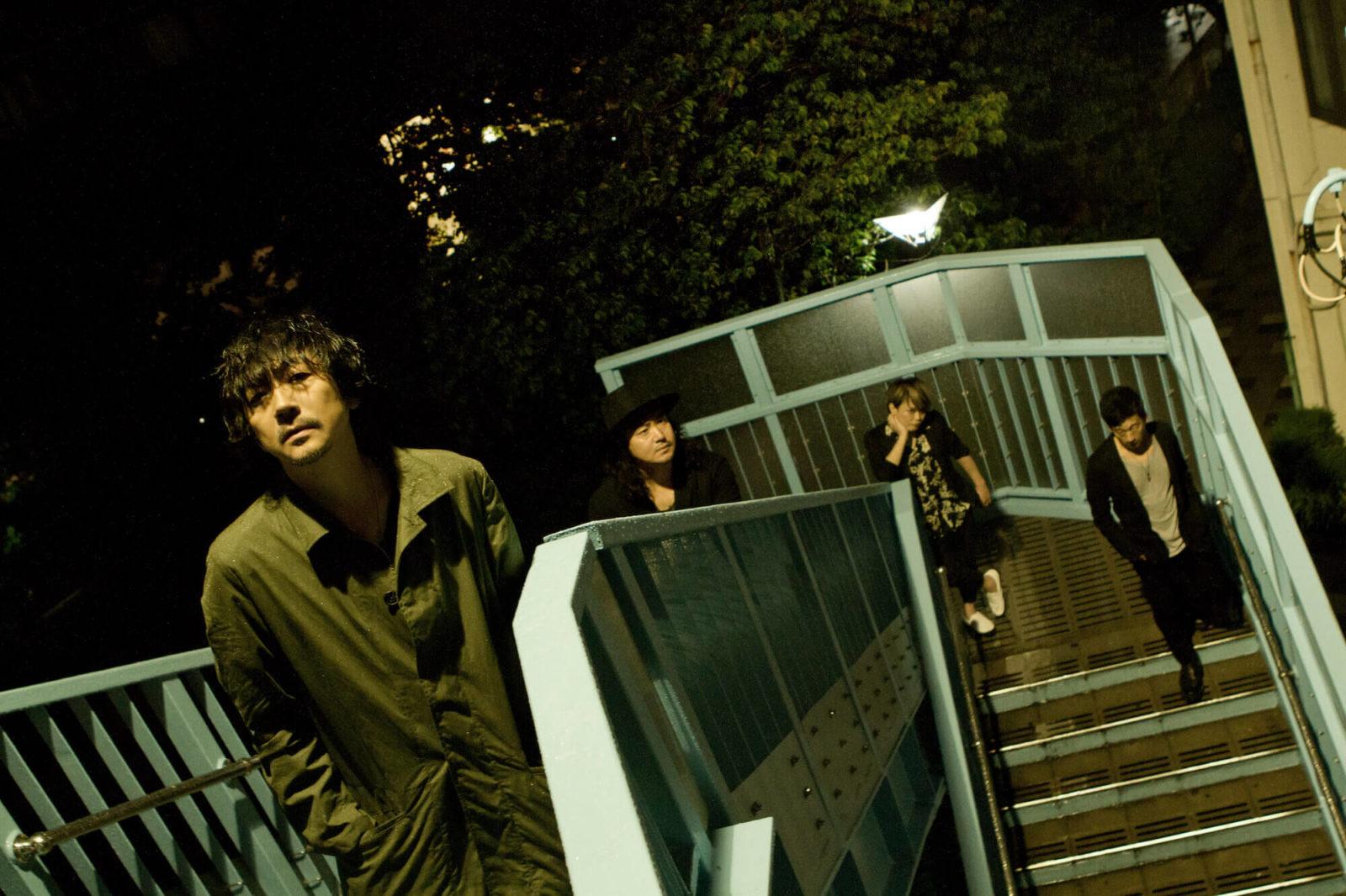 俳優・大森南朋が率いるロックバンド「月に吠える。」3週連続で配信限定シングルをリリースサムネイル画像