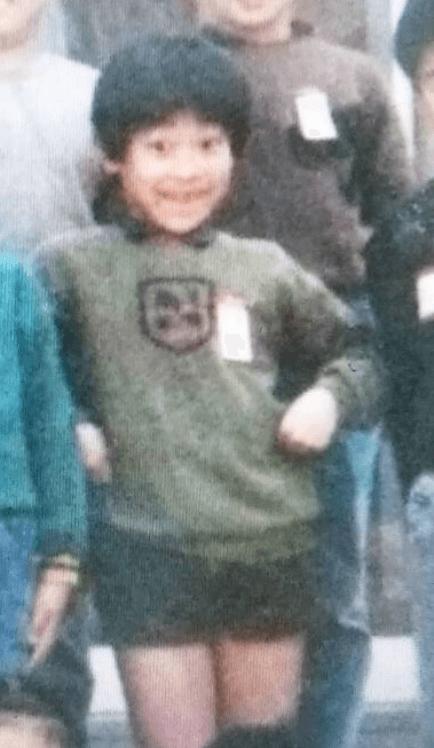 横山だいすけ、小学生時代の写真公開