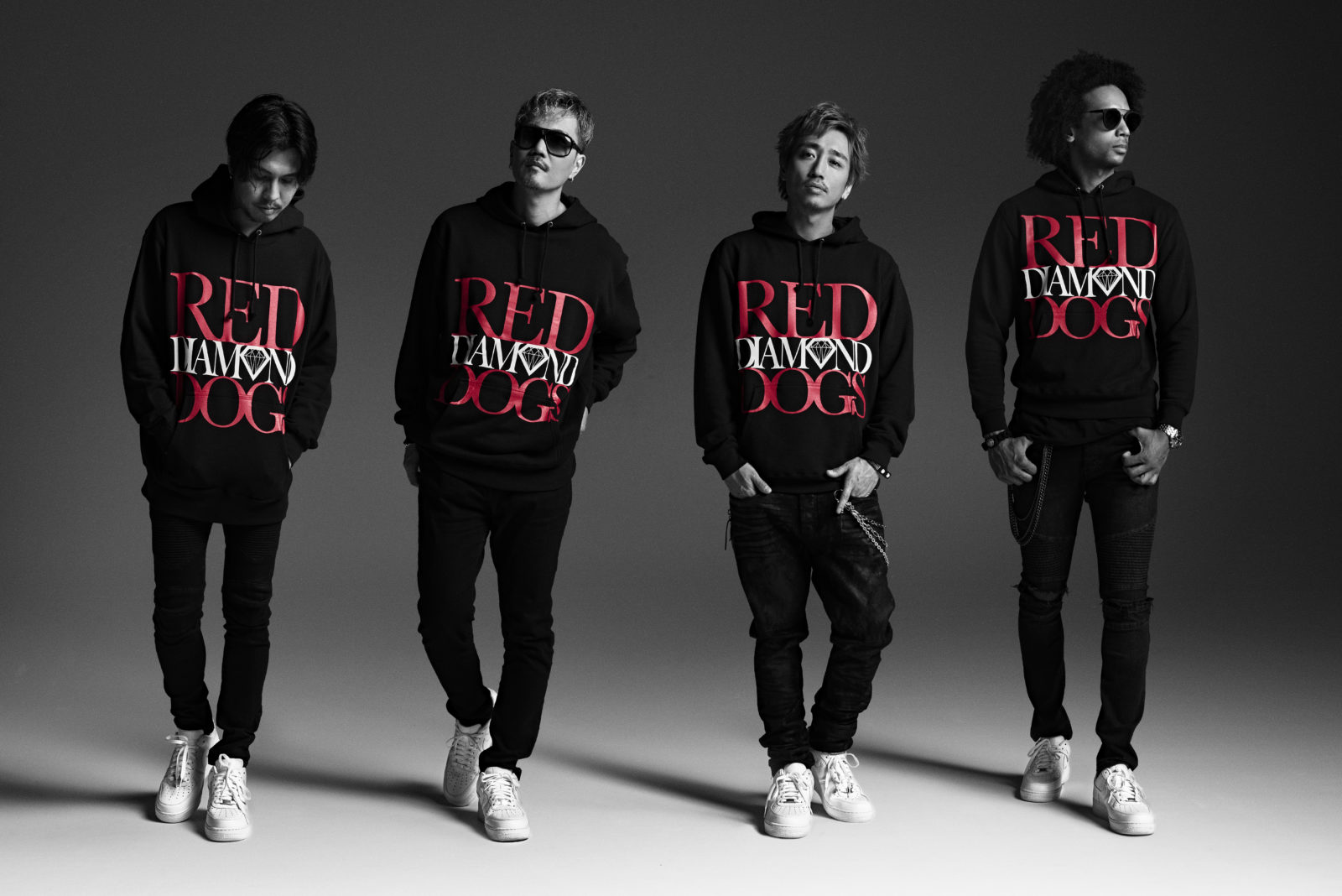 ATSUSHIから松坂選手への応援歌「RED SOUL BLUE DRAGON」ミュージックビデオ解禁サムネイル画像