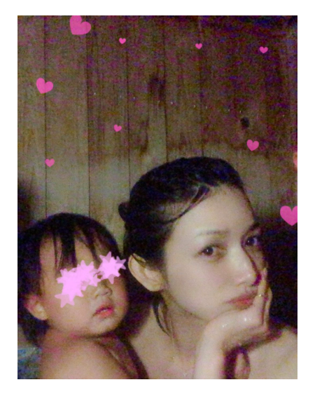後藤真希、娘との露天風呂入浴写真を公開「かなりリフレッシュ」サムネイル画像