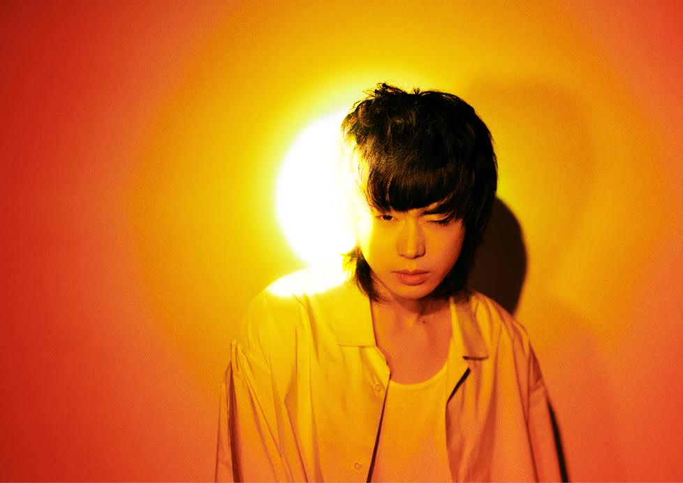 菅田将暉、人気漫画家の対談に胸熱「挟まって写真撮りたい」サムネイル画像