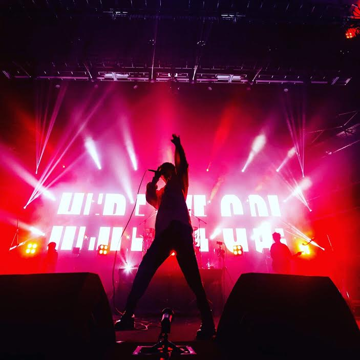 ミオヤマザキ、バンド史上初となるワンマンホールライブをパシフィコ横浜国立大ホールで開催