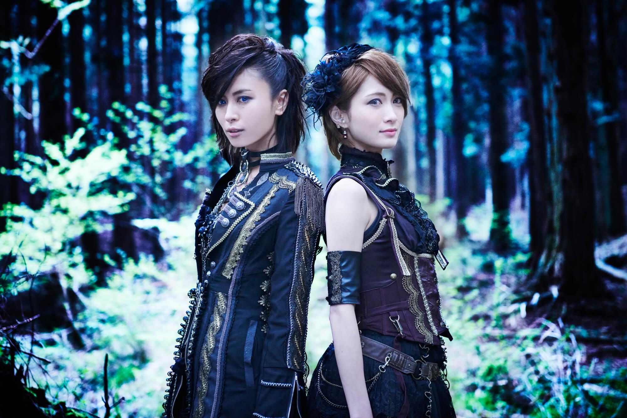 イケメン男装モデルAKIRAとロックバイオリニストAyasaのスペシャルユニット・+Aに聞く「沢山ライブがしたいです」