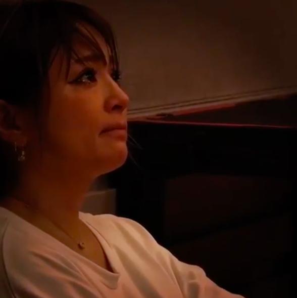 浜崎あゆみ、涙を流す動画投稿にファンから反響と心配の声「ものすごく気になる」サムネイル画像