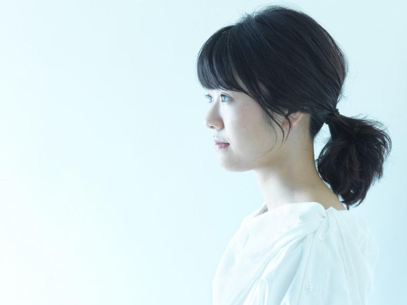 宇宙まお、ミニアルバム発売決定!矢井田瞳とのコラボに寺岡呼人プロデュース新曲も収録サムネイル画像