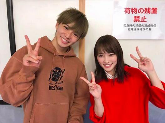 川栄李奈、EXILE佐藤大樹との仲良し2ショット公開「美男美女過ぎ」サムネイル画像