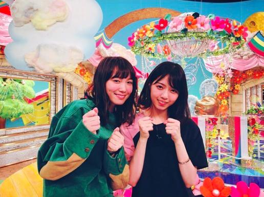 卒業発表の乃木坂46西野七瀬と飯豊まりえの2ショットに反響「だいすきコンビ」サムネイル画像