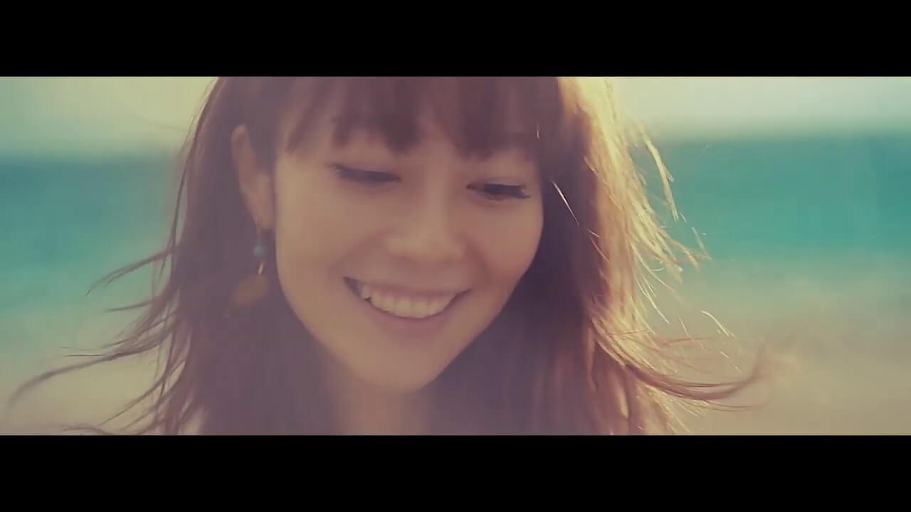 新津由衣 満月の夜に与論島で歌う「月世界レター」MV公開サムネイル画像