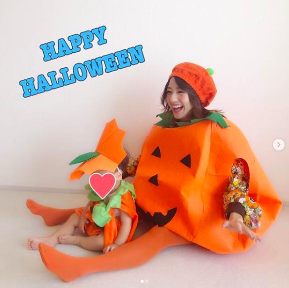 元AAA伊藤千晃、子供とのコスプレ写真に反響「世界一可愛いかぼちゃの親子」サムネイル画像