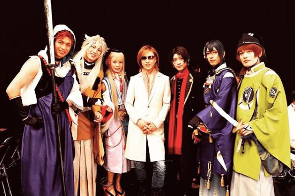 "YOSHIKI、""刀剣男士""との貴重ショットに反響"