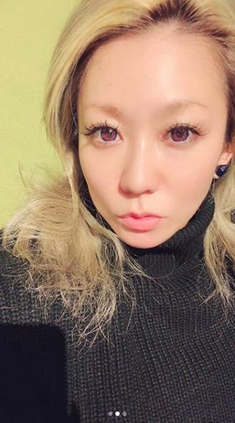 倖田來未、自宅でのすっぴんショット公開に「透明感ーっ」の声サムネイル画像