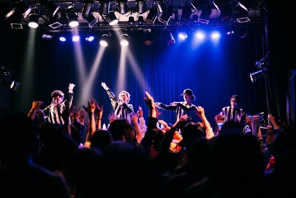 ツアーファイナル公演で新作EPリリースを発表