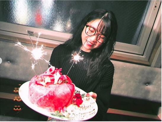 川栄李奈、AKB48横山由依との誕生祝い写真公開で「素敵な関係」「さいこうすぎ」サムネイル画像